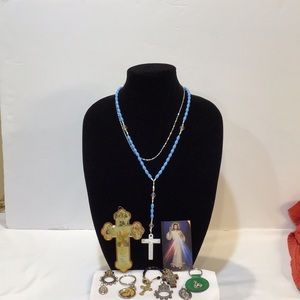 Christian religious medals, cross, rosary,…